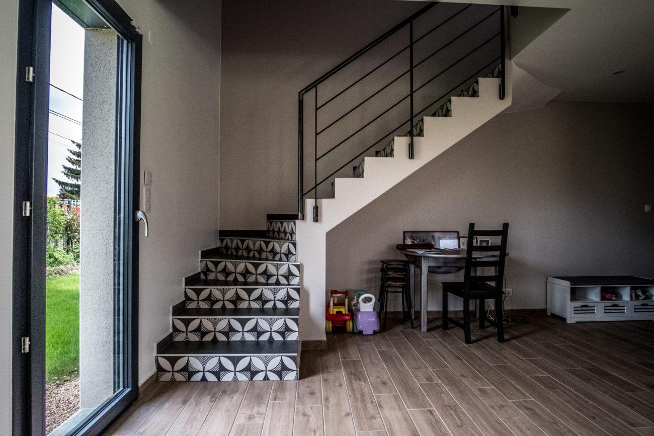 villa contemporaine 150 m2 surface plancher maisons elytis lyon ouest constructeur de. Black Bedroom Furniture Sets. Home Design Ideas