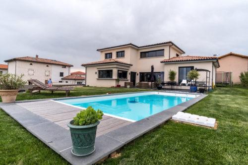 Villa de 176,93 m2 habitables dans l'Ain