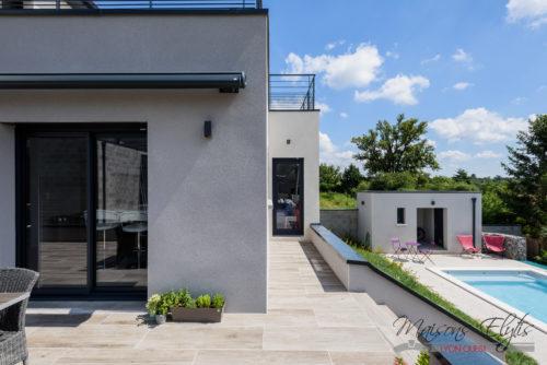 Construction d'une Maison Contemporaine Ouest de Lyon